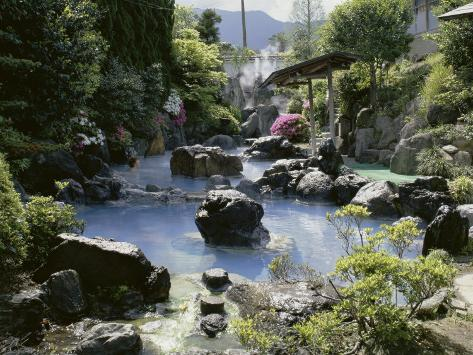 https://imgc.allpostersimages.com/images/P-473-488-90/28/2809/WWIOD00Z/posters/kannawa-ryokan-hot-springs-resort-beppu-japan.jpg