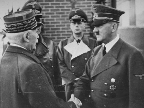 http://imgc.allpostersimages.com/images/P-488-488-90/60/6045/VOQB100Z/posters/leader-of-vichy-france-marshal-henri-petain-greeting-german-leader-adolf-hitler.jpg