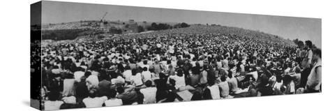 Audience at Woodstock Music Festival Trykk på strukket lerret