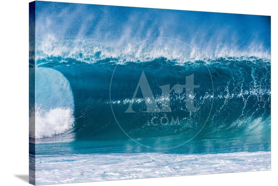 9ba6438bfb A wave at the famous Banzai Pipeline