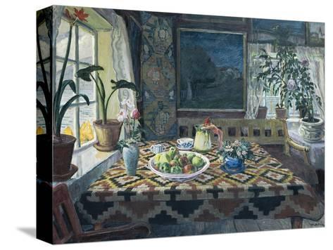 Un interior con un bodegón, el salón en Sandalstrand Reproducción de lámina sobre lienzo