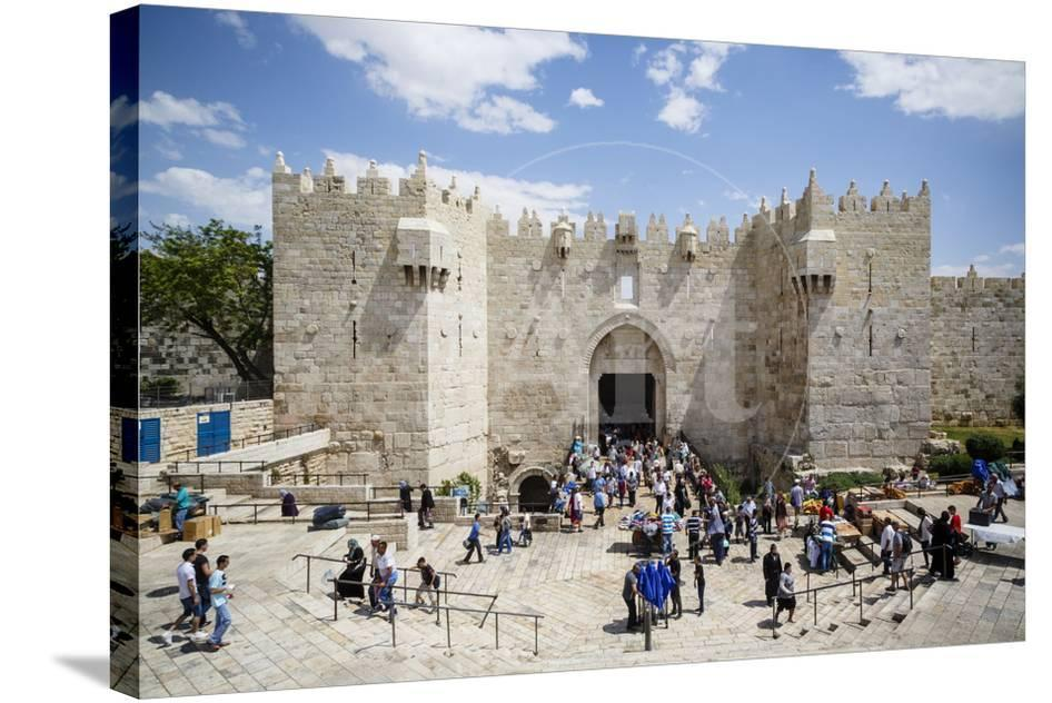 Damascus Gate in the Old City, UNESCO World Heritage Site, Jerusalem,  Israel, Middle East
