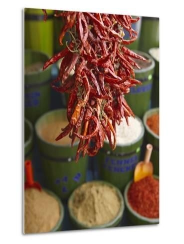 Chillies in Spice Market, Istanbul, Turkey, Europe Metal Print