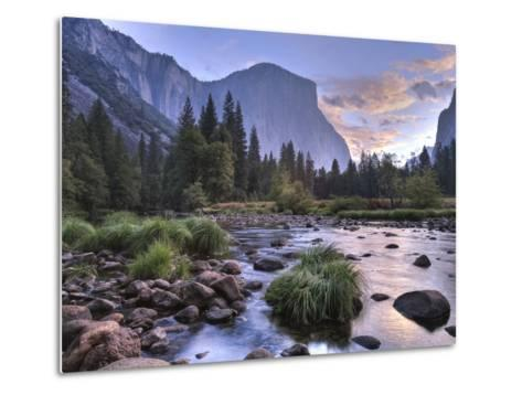 Early Sunrise, Yosemite, California, USA Metal Print