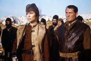 10 FROM NAVARONE, 1978 directed by GUY HAMILTON with Barbara Bach and Robert Shaw (photo)