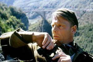 10 FROM NAVARONE, 1978 directed by GUY HAMILTON with Edward Fox (photo)