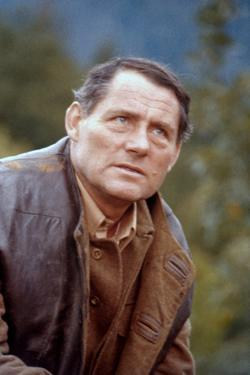 10 FROM NAVARONE, 1978 directed by GUY HAMILTON with Robert Shaw (photo)