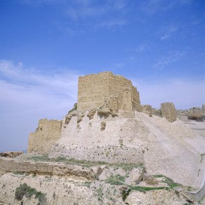 https://imgc.allpostersimages.com/img/posters/12th-century-crusader-castle-in-biblical-land-of-moab-kerak-jordan-middle-east_u-L-P2QUQR0.jpg?p=0
