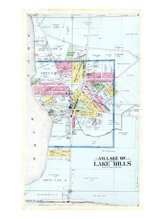 https://imgc.allpostersimages.com/img/posters/1899-lake-mills-village-wisconsin-united-states_u-L-PHOOC30.jpg?p=0