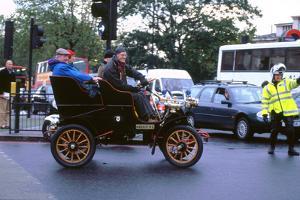 1903 Cadillac at 2000 London to Brighton run