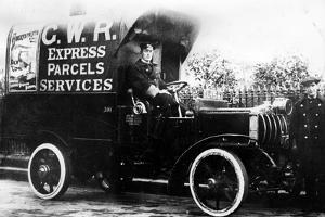 1914 Straker Squire C.N. type van