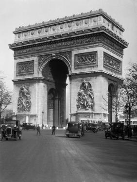 1920s Arc De Triomphe with Cars Paris, France