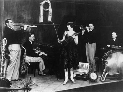 https://imgc.allpostersimages.com/img/posters/1920s-jazz-band_u-L-Q107HYX0.jpg?p=0