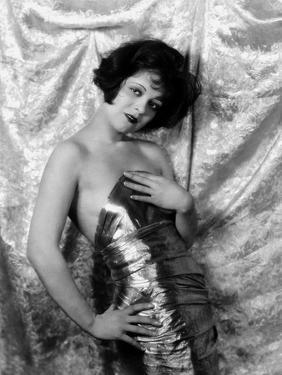 1926: Hollywood film star, Clara Bow (1905 - 1965)