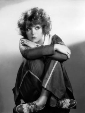, 1929: Hollywood film starlet, Clara Bow (1905 - 1965) (Photo by Otto Dyar) L'actrice americaine C