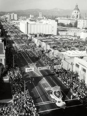 1940s-1950s Aerial View Tournament of Roses Parade Pasadena, California