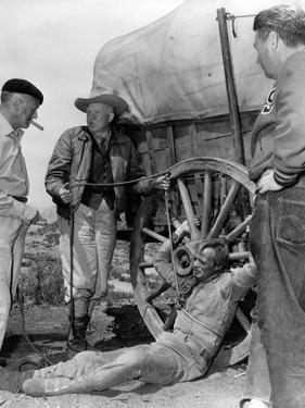 1956 The Last Wagon On the set, Delmer Daves and Richard Widmark