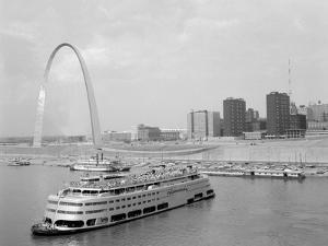 1960s St. Louis Missouri Gateway Arch Skyline Mississippi River SS Admiral Casino