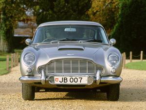 1965 Aston Martin DB5, James Bond