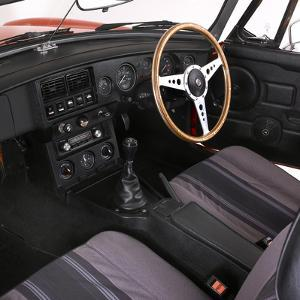 1980 MGB Roadster interior