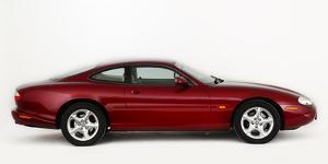 1999 Jaguar XK8 coupe