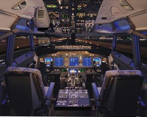 737 Flight deck before Take-Off