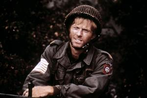 A BRIDGE TOO FAR, 1977 directed by RICHARD ATTENBOROUGH with Robert Redford (photo)