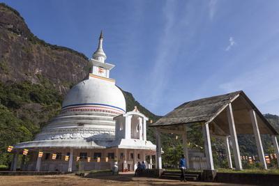 https://imgc.allpostersimages.com/img/posters/a-buddhist-temple-on-the-route-to-the-summit-of-adam-s-peak-sri-pada-sri-lanka-asia_u-L-PQ8QHZ0.jpg?p=0