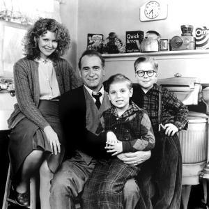 A Christmas Story, Melinda Dillon, Darren McGavin, Ian Petrella, Peter Billingsley, 1983