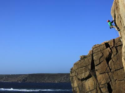 https://imgc.allpostersimages.com/img/posters/a-climber-tackles-a-difficult-route-on-the-cliffs-near-sennen-cove-cornwall-england_u-L-PFNYJA0.jpg?p=0