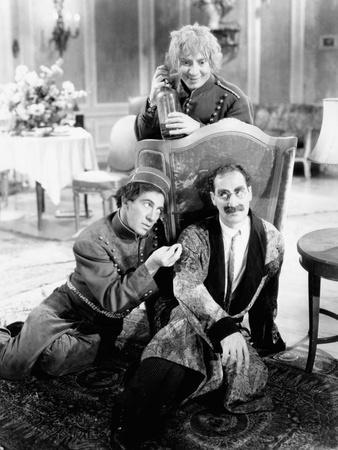 https://imgc.allpostersimages.com/img/posters/a-day-at-the-races-chico-marx-harpo-marx-groucho-marx-1937_u-L-PH2URO0.jpg?artPerspective=n