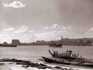 A Fraserburgh Herring Boat Returns to Port Escorted by a Squadron of Sea Gulls, 1935