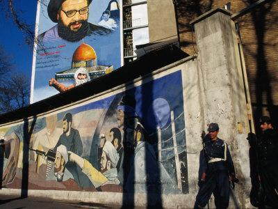 https://imgc.allpostersimages.com/img/posters/a-mural-depicting-middle-eastern-political-propaganda-tehran-iran_u-L-P3SBB70.jpg?p=0