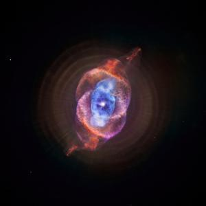 A Phase that Sun-like stars Undergo at the End of their Lives, Cat's Eye Nebula Redux, Chandra data