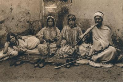 https://imgc.allpostersimages.com/img/posters/a-photograph-depicting-traditional-arab-people-c1909_u-L-PTSUW30.jpg?p=0