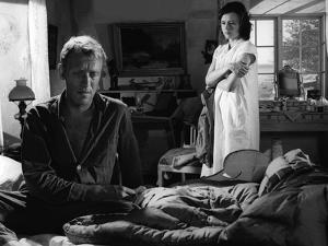 A Travers le Miroir by IngmarBergman with Max von Sydow and Harriet Andersson, 1961 (b/w photo)