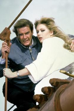 A View to a Kill by John Glen with Roger Moore, Tania Roberts, 1985 (photo)
