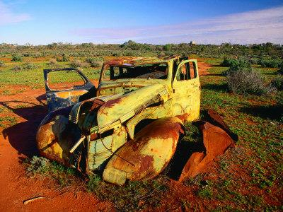 https://imgc.allpostersimages.com/img/posters/abandoned-car-on-salt-bush-plains-silverton-new-south-wales-australia_u-L-P3SG2X0.jpg?artPerspective=n