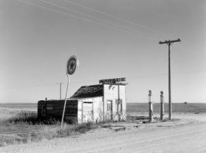 Abandoned Garage on Highway Number 2. Western North Dakota, October 1937