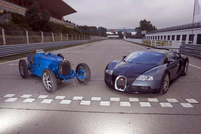 Bugatti 51 a und Veyron 16.4 by Achim Hartmann