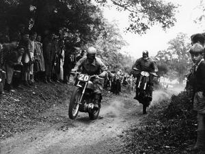 Action from the National (Ope) Shrubland Park Scramble, Suffolk, 1952