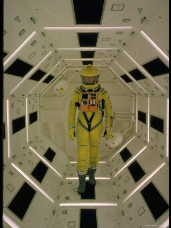 https://imgc.allpostersimages.com/img/posters/actor-gary-lockwood-in-space-suit-in-scene-from-motion-picture-2001-a-space-odyssey_u-L-P43M8M0.jpg?artPerspective=n