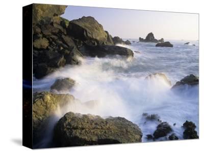 Surf Crashing Against Rocks, Patricks Point State Park, California, USA by Adam Jones