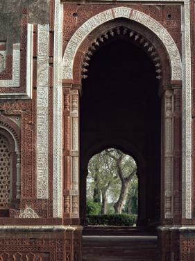 Alai Gate, Quwwat Ul Islam Mosque, Delhi, India by Adam Woolfitt