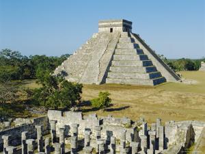 El Castillo, Pyramid of Kukolkan, Chichen Itza, Mexico by Adina Tovy