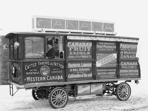 Advertising bus for the Canadian Government Colonization Company, 1900-5