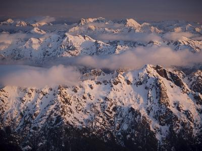 https://imgc.allpostersimages.com/img/posters/aerial-landscape-olympic-mountains-olympic-national-park-washington-state-usa_u-L-PFNDCC0.jpg?p=0