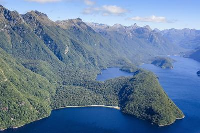 https://imgc.allpostersimages.com/img/posters/aerial-of-a-huge-fjord-in-fiordland-national-park_u-L-PQ8TNB0.jpg?p=0
