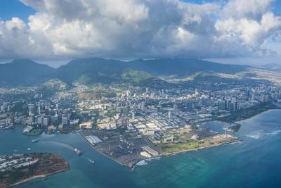 https://imgc.allpostersimages.com/img/posters/aerial-of-honolulu-oahu-hawaii-united-states-of-america-pacific_u-L-PQ8PEZ0.jpg?p=0