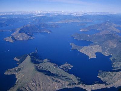 https://imgc.allpostersimages.com/img/posters/aerial-view-marlborough-sound-south-island-new-zealand_u-L-P1TOTF0.jpg?p=0